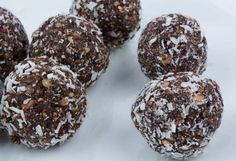 No Bake Lactation Cookie Balls, a recipe from The Healthy Mummy, which is a safe and yummy way to lose weight.
