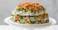 Hou je van sushi? Maar dan eens deze sushi-taart! Makkelijk, lekker en feestelijk! Edamame, Salmon Burgers, Avocado, Healthy Recipes, Healthy Food, Ethnic Recipes, Drinks, Salads, Seeds