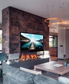 De prachtige Eric Kant designkeuken die we mochten plaatsen in Houten, staat prachtig in dit luxe interieur! Sfeervol plaatje, nietwaar? Bruintinten, blauwtinten, chique materialen, de open haard, een modern interieur en sfeervolle verlichting maken deze woning tot een ware villa.  #tielemankeukens #tielemanexclusief #keuken #keukens #exclusiefwonen #highend #luxe #chique #design #natuursteen #designkeuken #exclusiefdesign #highenddesign #highendkitchen #luxewonen Kitchen, Home Decor, Cooking, Homemade Home Decor, Home Kitchens, Kitchens, Decoration Home, Cucina, Cuisine