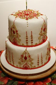 Red & Gold Moroccan cake
