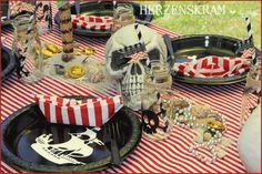 Piratenparty - Tischdeko - Pirate Party - table