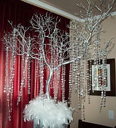 Fantastic Crystal Tree Manzanita Branch Wedding Centerpiece By Using a Tree Branch Centerpieces Life more Romantic Tree Branch Centerpieces, Feather Centerpieces, Wedding Centerpieces, Wedding Decorations, Tree Decorations, Garland Wedding, Tree Wedding, Wedding Ideas, Wedding Stuff