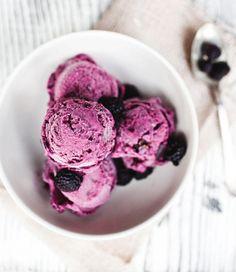 Black raspberry ice cream