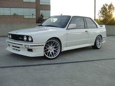 More E30 M3 pics