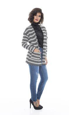 Casaco de tricô, Ref. B8984 Blusa de veludo, Ref. B8991 Calça Skinny Jeans, Ref. 56955
