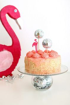 DIY Festive Flamingo and Disco Ball Decor Pink Flamingo Party, Flamingo Cake, Flamingo Decor, Pink Flamingos, Winter Parties, Disco Party, Disco Ball, Childrens Party, Craft Party
