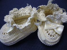 Cream Bows Princess Newborn Baby Girl Crochet by barreez on Etsy, $15.00