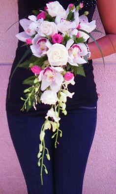 ramos de novia cascada rosas rosas y cimbidium-