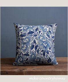 "Blue & White Chinoiserie Floral Art Motif | Linen Throw Pillow Cover | Decorative Home Decor | 45x45cm 18""x18"""
