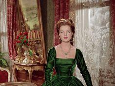 Sissi die junge Kaiserin. Perfektes grünes Samtkleid