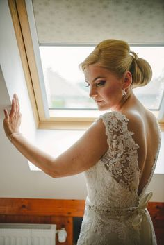 Sibu, Lace Wedding, Wedding Dresses, Weddings, Fashion, Bride Dresses, Moda, Bridal Gowns, Fashion Styles
