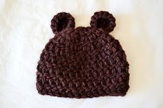 All Things Bright and Beautiful: Newborn Bear Beanie Pattern  SUPER CUTE!!!! MUST MAKE.