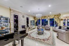 #stunning #iracagroup #luxurious #luxurylife #swankcollection #designerfurniture