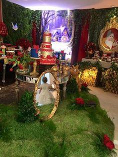 Disney bridal shower cake snow white New ideas Ice Age Birthday Party, Snow White Birthday, Girl Birthday, White Bridal Shower, Bridal Shower Rustic, Le Gui, Disney Bridal Showers, Colorful Party, Party Themes