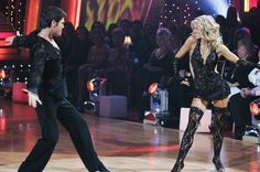 Julianne Hough and Chuck Wicks in Dancing with the Stars Chuck Wicks, Cheryl Burke, Derek Hough, Julianne Hough, Red Carpet Event, Tv Guide, Dancing With The Stars, Veronica, Famous People