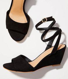 318fadd5dd890d LOFT Women s Ankle Strap Wedge Sandals - New in Box - Black - Size 8
