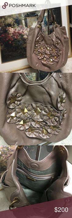 Isabella Fiore purse Super cute / Great condition / Isabella Fiore purse Isabella Fiore Bags