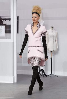 The looks of the Fall-Winter 2016/17 Haute Couture show - CHANEL
