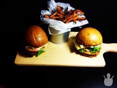 Chicken Burger z Baconnaise i frytkami z batatów | MR. CHEF - COOK'S BLOG