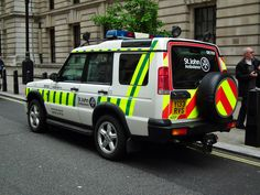 Emergency Ambulance, Emergency Vehicles, Land Rover Discovery, Range Rover, Motor Car, Medical, Movie, Poster, Life