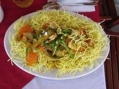 Macarrão frito vietnamita. Hoi An