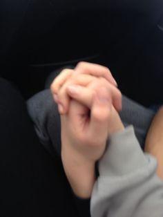 """A piace la tua foto. Photo Couple, Love Couple, Gay Couple, Couple Goals Relationships, Relationship Goals Pictures, Couple Aesthetic, Aesthetic Pictures, Couple Holding Hands, Couple Wallpaper"