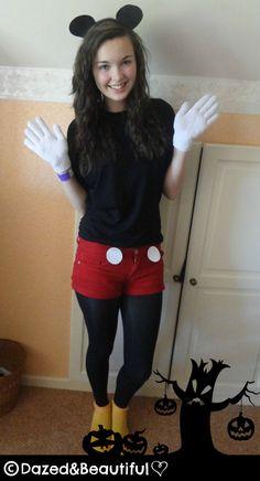 DIY Mickey Mouse Costume im so this 4 halloween! Easy Disney Costumes, Creative Costumes, Diy Costumes, Adult Costumes, Costume Ideas, Mascot Costumes, 1920 Costumes, Woman Costumes, Cosplay Ideas