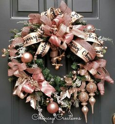 I picked 9 most beautiful pastel pink Christmas door wreaths Rose Gold Christmas Tree, Rose Gold Christmas Decorations, Silver Christmas, Xmas Decorations, Beautiful Christmas, Christmas Crafts, Homemade Christmas, Rustic Christmas, Christmas Christmas