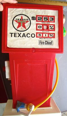 Vintage Texaco toy gas pump- 1960's. .