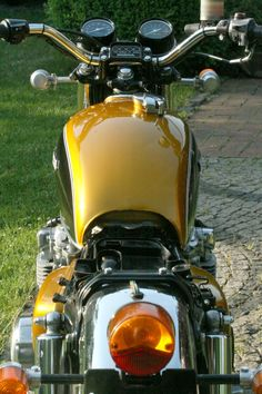 HONDA CB 500 Four Candy Gold EZ 1972 Honda Cb Series, Bmw 5 Series, Honda Bikes, Honda Motorcycles, Honda Cb 500, Cb550, Mustang Gt500, Custom Bobber, Triumph Bonneville