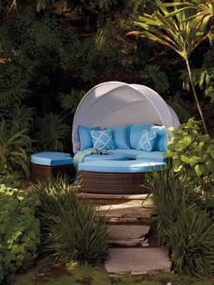Outdoor Couch, Outdoor Seating, Outdoor Spaces, Outdoor Living, Outdoor Decor, Outdoor Tables, Tropical Furniture, Outdoor Garden Furniture, Tropical Houses