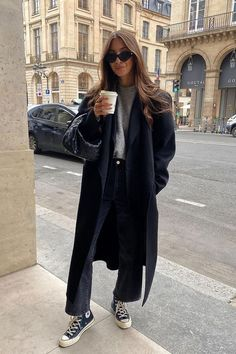 Europe Outfits, Paris Outfits, Winter Fashion Outfits, Look Fashion, Jean Outfits, Fashion Women, Black Outfits, Fashion Fall, Cute Winter Outfits