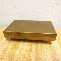 vintage Retro Mid Century Trinket Jewelry Box Gold Tone