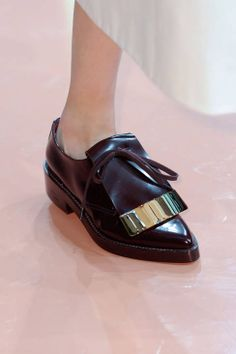 Marni F/W 2014 - black & gold oxfords #style #fashion #shoes