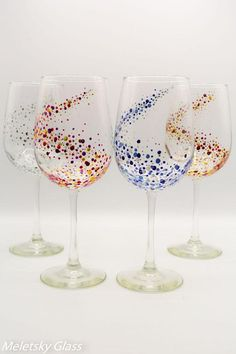 Set Of 4 Hand Painted Glasses Dots Space Picoquel Classic Wine Handpainted Glass Glassware Glitter Wine Glasses, Diy Wine Glasses, Decorated Wine Glasses, Hand Painted Wine Glasses, Wine Glass Crafts, Bottle Crafts, Bottle Painting, Bottle Art, Glass Bottle