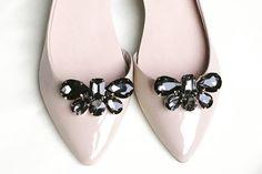klipsy do butów - czarne biżuteryjne Belle - howdoilook - Klipsy do butów