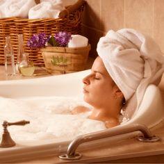 Товар дня 25 ноября - Масло для вечернего массажа - Deep sleep oil. #Релакс-комплекс, #антидепрессант, успокаивающее натуральное масло для массажа или аромаванны. Обладает расслабляющим, снотворным действием.   Легкий #массаж перед отходом ко сну — это один из способов расслабиться и хорошо спать. Если времени на полный массаж нет, то попросите своего супруга сделать массаж стоп, что оказывает хорошее усыпляющее воздействие. Используйте Deep Sleep Oil, состав которого безвреден при…