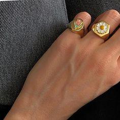 Fashion Tips Color .Fashion Tips Color Nail Jewelry, Cute Jewelry, Gold Jewelry, Jewelry Accessories, Jewlery, Trendy Jewelry, Summer Jewelry, Simple Jewelry, Jewelry Rings