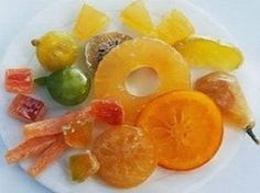 in - Food Dictionary - Ingredients - Candied Fruit Candied Lemon Peel, Candied Fruit, Fruit Recipes, Sweet Recipes, Cooking Recipes, Edible Cake Decorations, Confort Food, Fruit Compote, Diet Pills That Work