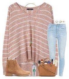 Blusa rayas, pantalon claro, zapatos cafes.