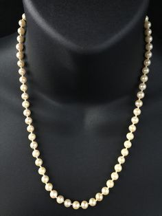 VINTAGE NATURAL COLOUR SALTWATER JAPANESE AKOYA PEARL NECKLACE 9CT GOLD CLASP