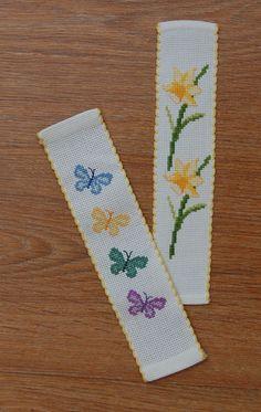 123 Cross Stitch, Cross Stitch Beginner, Small Cross Stitch, Butterfly Cross Stitch, Cross Stitch For Kids, Cross Stitch Books, Cross Stitch Bookmarks, Cross Stitch Cards, Beaded Cross Stitch