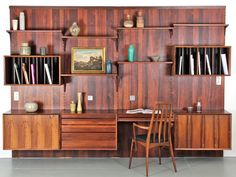 Système royal by Poul Cadovius / CADO wall unity royal system / mid century modern storage Décoration Mid Century, Mid Century Wall Unit, Mid Century Modern Bookcase, Mid Century Decor, Mid Century Modern Furniture, Mid Century Design, Home Office Design, House Design, Vintage Shelving