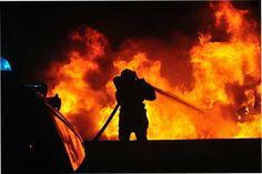 """Dag 5. Achterkant 1. De """"achterkant"""" van mijn zoon-brandweerman in actie"""