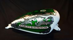 Aerografia Serbatoio  harley davidson tank made with candy color ,pin up , silver leaf and pastel color ..custom design