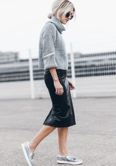 Skirts in Winter: Mikuta