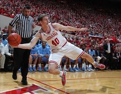 Champions exemplify determination and grit. Does #Indiana have what it takes to win it all this year? #MarchMadness