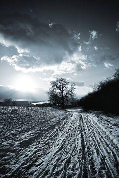 Unser Bild der Woche ist von unserem #FIstudenten Michel Amatucci von Michel Amatucci Photography :)   Wir gratulieren zu diesem gelungenen Winterbild!   Wollt ihr mehr über unseren Online Fotokurs erfahren und lernen wie man solche Bilder auf die Speicherkarte bekommt?  http://www.dasfotografieinstitut.de/landing