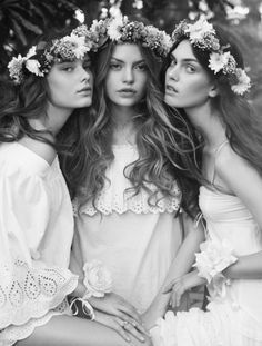 There are 4 tips to buy hat, flower hairband, bridesmaid, hipster wedding, boho. Photography Poses, Fashion Photography, Esther Boutique, Bridal Hair, Bridal Headpieces, Spring Fashion, Wedding Hairstyles, Girl Hairstyles, Marie