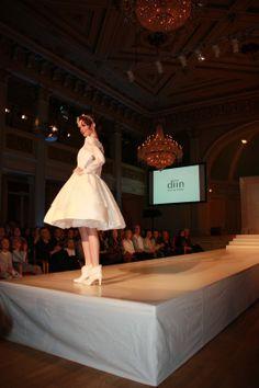 Bilder fra brudeshow 9.februar ~ Bryllupstid Tulle, Wedding Dresses, Skirts, Fashion, February 9, Pictures, Bride Dresses, Moda, Skirt